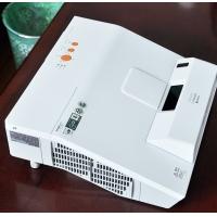 日立 超短焦投影机HCP-A827+高清教育超短焦投影仪